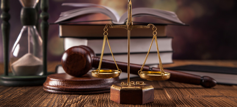Los Mejores Abogados Expertos en Lesiones, Accidentes y Percances Personales, Leyes Laborales y Derechos del Empleado en Commerce California
