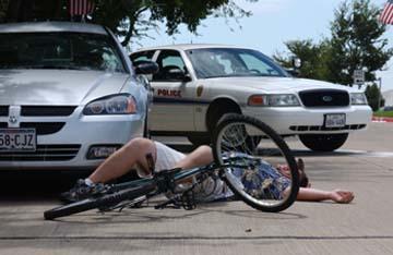 Consulta Gratuita con los Mejores Abogados de Accidentes de Bicicleta Cercas de Mí en Commerce California