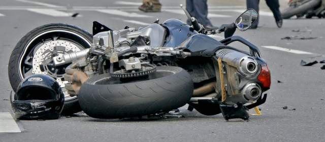 La Mejor Oficina Legal de Abogados Especializados en Accidentes, Choques y Percances de Motocicletas, Motos y Scooters en Commerce California