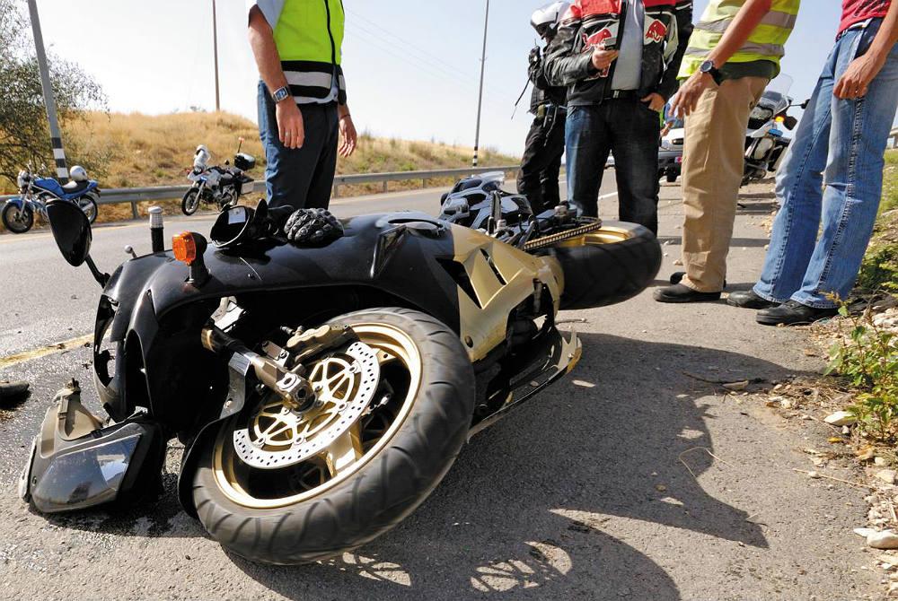 Los Mejores Abogados en Español Para Mayor Compensación en Casos de Accidentes de Moto en Commerce California
