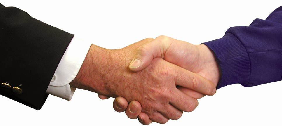 Consulta Gratuita con el Mejor Abogado Especialista en Derecho de Seguros en Commerce California