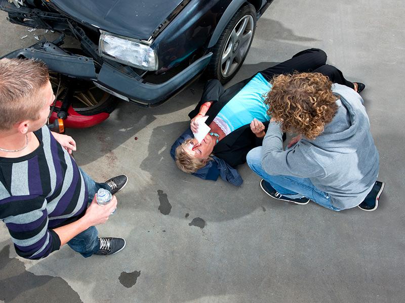 ▷🥇Licenciados de Accidente de Auto en Commerce 90040